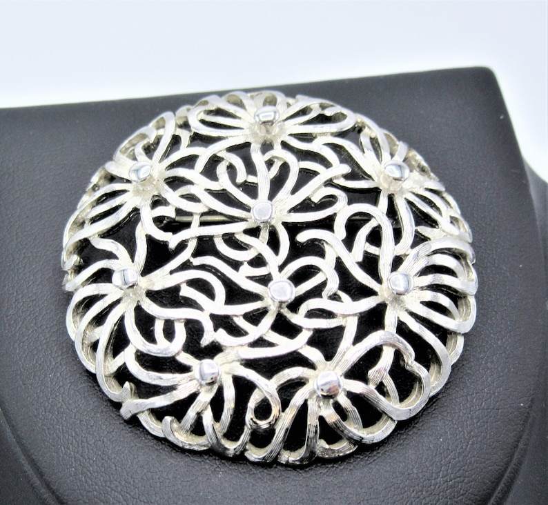 Textured Style Vintage Silver Tone Monet Silver Brooch