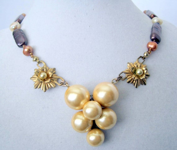 Pearl Necklace, Faux Pearl Clusters, Elegant Wedding Choker