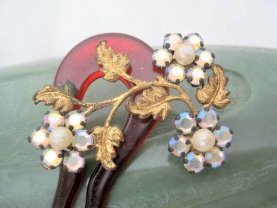 Tortoiseshell Lucite Hair Comb, Rhinestone Flowers, Decorative Wedding Comb