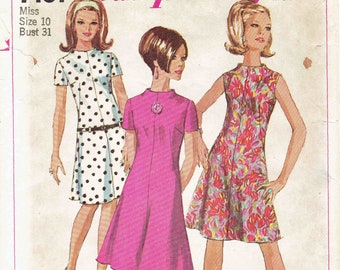 60s Dress Pattern Jiffy Simplicity 7161. Mod Dress,  Easy to Sew Funnel Neck Dress with Sleeve Options, Back Zip. Size 10 Bust 31