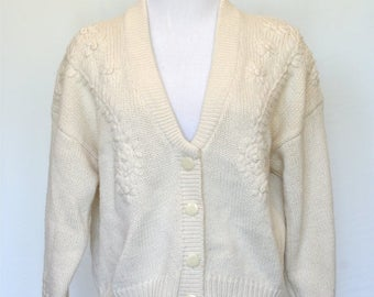 20% OFF SALE 80's Vintage Cardigan Sweater - Embroidered Flowers