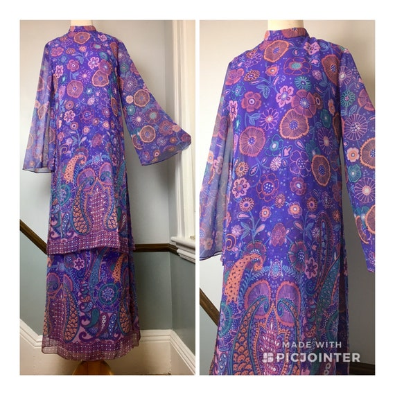 60s Fab Purple Print Multi-Layer Hostess Gown / 60