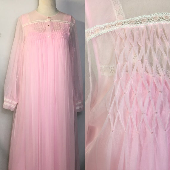Beautiful Pink Deadstock 1960s Peignoir Nightgown