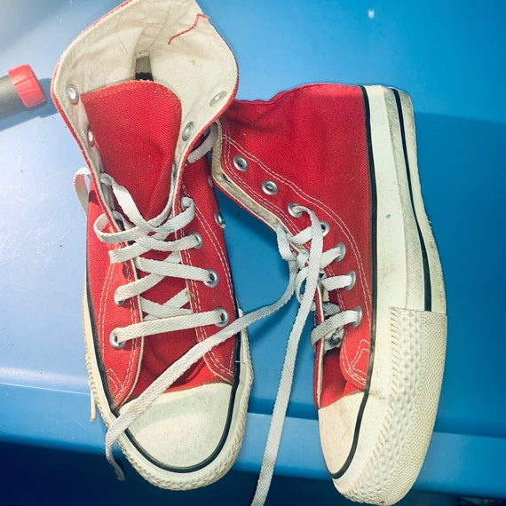CONVERSE MADE In USA Red Hightop Chuck Taylor Snea