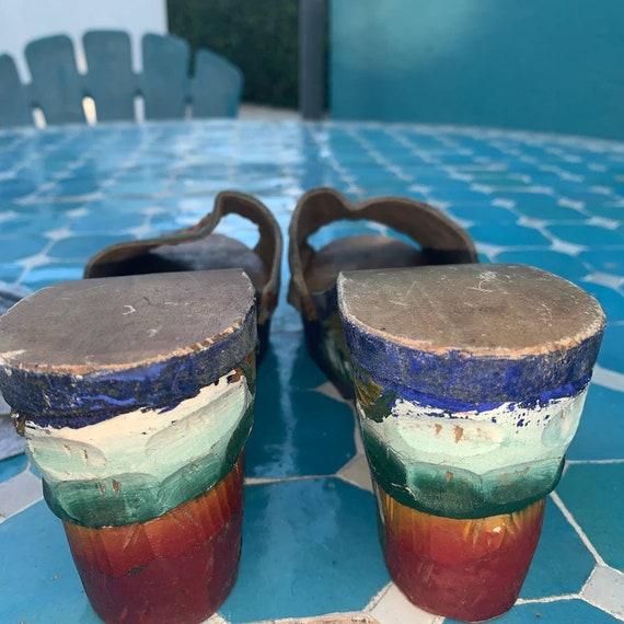 40's CARVED PAINTED Wood SLIDES Sandals - image 5