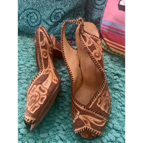 TOOLED LEATHER Slingback HEELS - 50s-70s