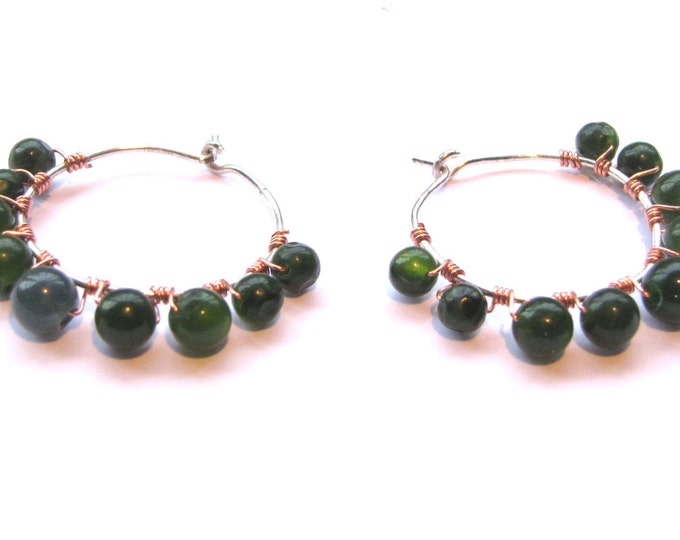 Hoop Earrings with Green Agate Gemstones size medium, Copper and Silver Wire Wrapped
