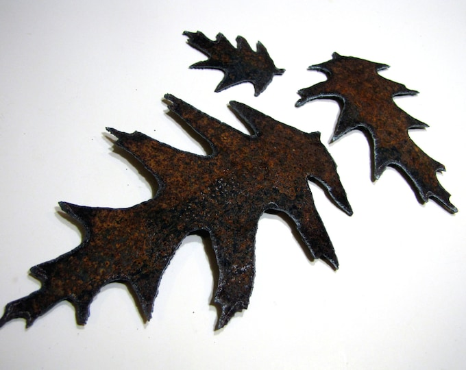 Rusty Oak Leaves Wedding Decor or Craft Supply for DIY from Recycled Metal