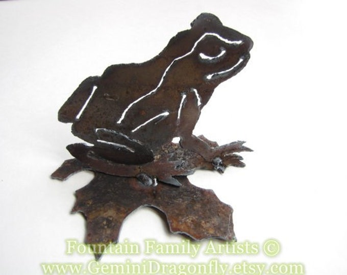 Little Frog Metal Garden Art from Rusty Recycled Metal Nursery Decor
