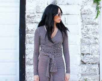 Boho Chic Jersey Maxi Dress 70s Style Faux Wrap Dress Geometric Print - Size XS to Small