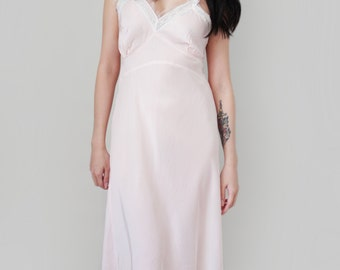 dd99cb945 Vintage Lingerie Retro Pin Up Style Negligee 1950s Pastel Pink Slip Boudoir  Nightgown by Aristocraft - Size Medium
