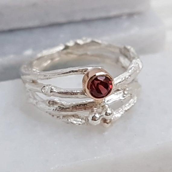 Granat Wald Zweig Ring Silber und Gold Ring Januar Birthstone Ring Zweig Verlobungsring rot Stein Ring