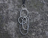 Expansion necklace