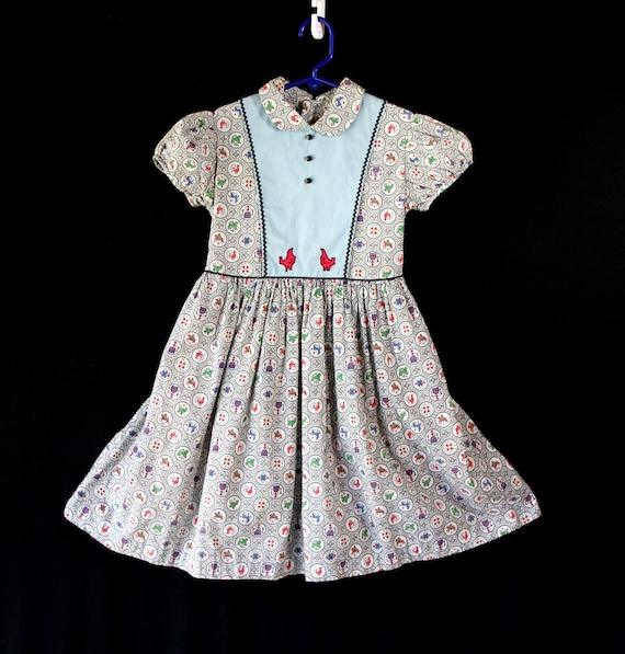 Girls Vintage Dress, Pinafore, Chickens, Novelty P