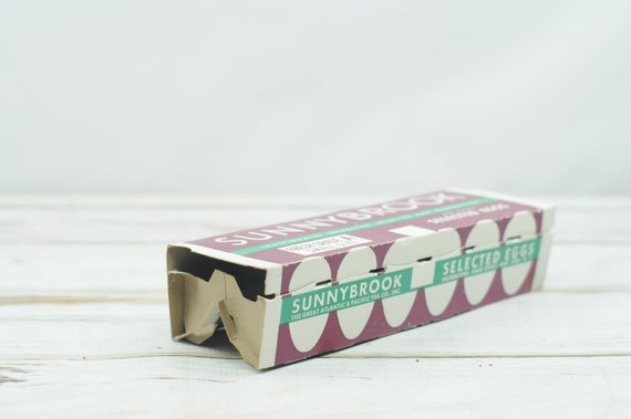 Old Vintage OLD HICKORY SMOKEHOUSE Farm Fresh EGGS Country Store Carton Box