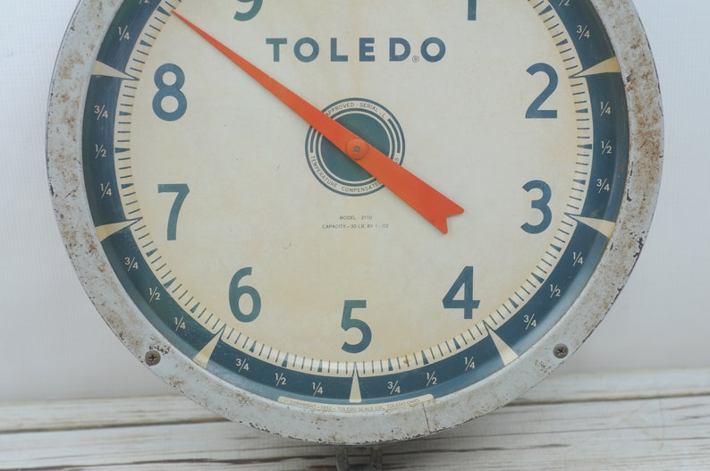 Vintage   1952 Model #2110 Toledo Hanging Produce Scale Two Sided 15