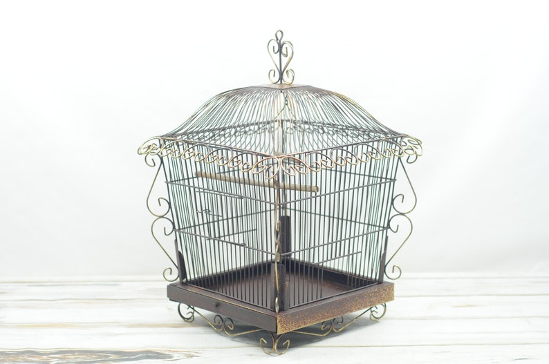 Vintage   Decorative Birdcage Bird Cage Pagoda Shaped Bird Cage
