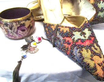 VINTAGE shoes with Complimentary Jewellery