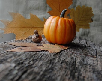 Pumpkin Hand Painted Candle, Fall Candle, Thanksgiving Table Decor, Halloween Decor, Harvest Candle, Autumn Wedding Favor, Pumpkin Decor