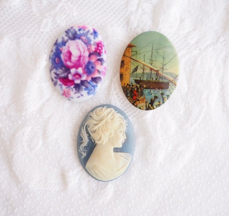 Set of three Oval Unfinished Jewelry Supply Wedgwood Blue-Sailing Ship Harbor-Pink Purple Rose Floral Resin Cameo Cabochon 30 by 40 mm