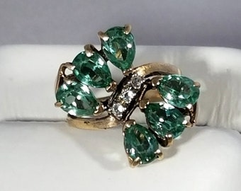Retro 10K Yellow Gold Blue Spinel Diamond Ring
