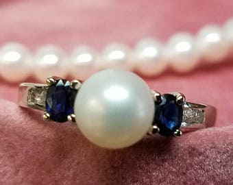 Vintage 14K White Gold Pearl Sapphire Ring