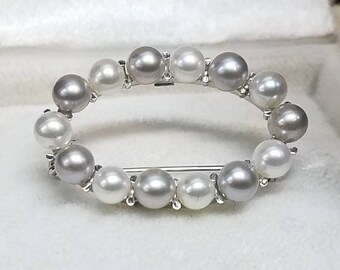 Vintage 14K White Gold Pearl Brooch Pin