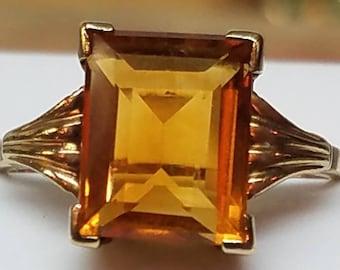 Vintage 10K Yellow Gold Citrine Ring