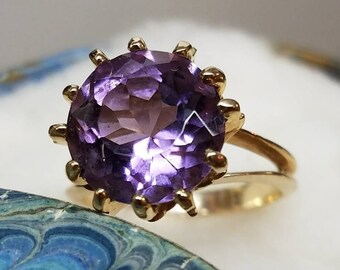 Vintage 10K Claw Set Amethyst Ring