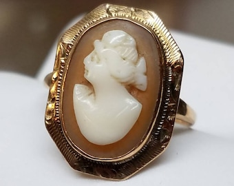 Antique 10K Yellow Gold Cameo Ring