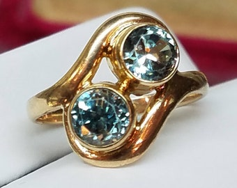 Vintage 10K Yellow Gold Double Blue Zircon Ring