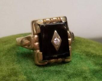 Vintage Retro Era 10K Yellow Gold Onyx Diamond Ring