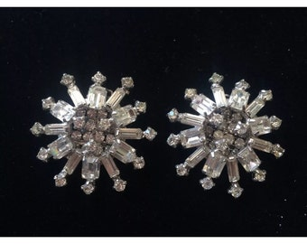 Kramer Bold Signed Starburst Rhinestone Clip On Earrings