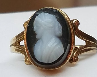 Antique 10K Yellow Gold Hardstone Cameo Ring