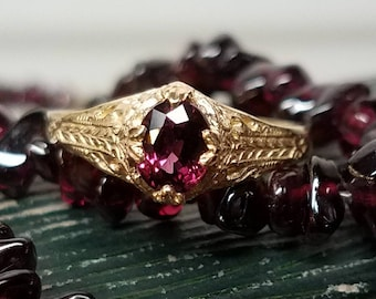 14K Yellow Gold Filigree Garnet Ring