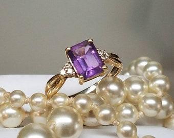 Vintage 10K Yellow Gold Amethyst Diamond Ring