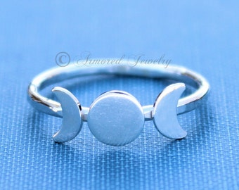 Triple Goddess Ring, Silver Moon Ring, Moon Phase Ring, Crescent Moon Ring, Wicca ring, Wicca Jewelry, Lunar Phases, Statement Ring, Boho