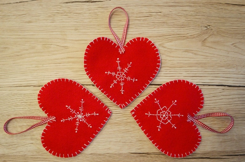 Embroidered Felt Hearts Craft Kit Christmas Craft Kit Felt Kit Embroidery Kit Craft Kits For Adults DIY Kit DIY Gift For Crafters Nordic