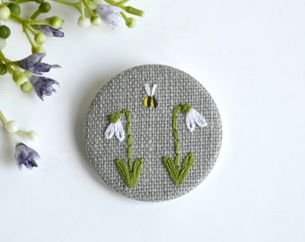 Snowdrop brooch, snowdrop pin badge, snowdrop pin brooch, embroidered snowdrop brooch, snowdrop pin, spring flower brooch, mothers day gift