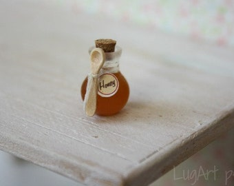 Honey in a  jar   for dollhouse scale.