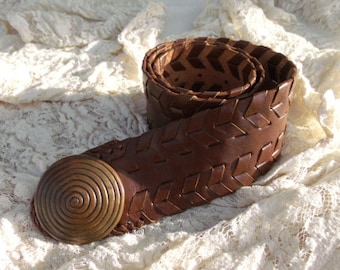 Brown Leather Braided Moroccan Belt - Brass Circular Buckle - Tienda Ho Company - BOHO Style
