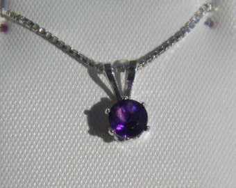 Pretty Amethyst 5mm Round Pendant and Chain