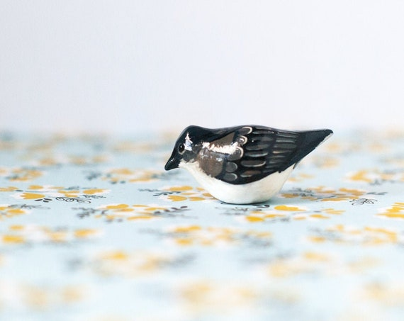 Eastern Kingbird Miniature | Flycatcher | Songbird | Bird Figurine
