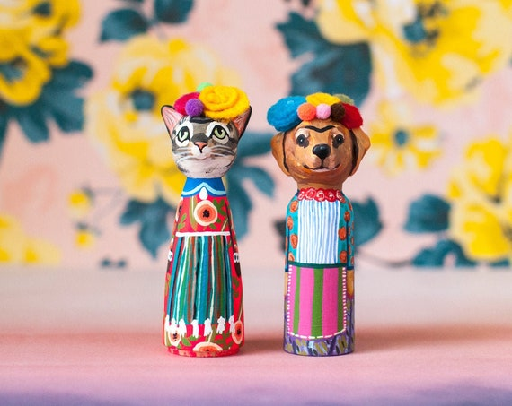 Turn Your Pet Into Frida Kahlo | Custom Pet Peg Dolls | Frida Kahlo Peg Dolls | With Felted Flower Crowns | CUSTOMIZABLE Pet Peg Dolls