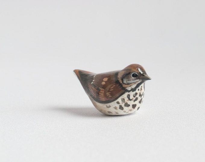 Hermit Thrush Miniature   Songbird   Bird Figurine