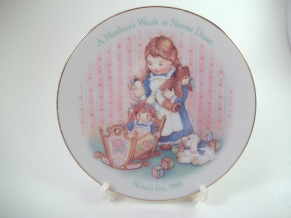 MOTHERS DAY Avon decorative plate gift