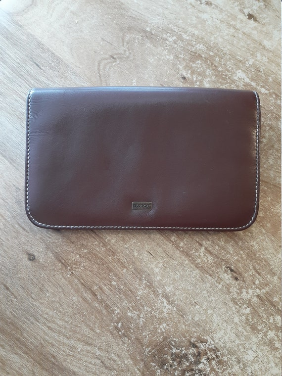 Buxton brown leather wallet or clutch