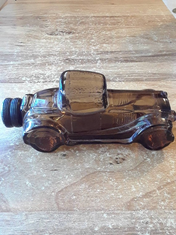 Avon car decanter Deepwoods aftershave