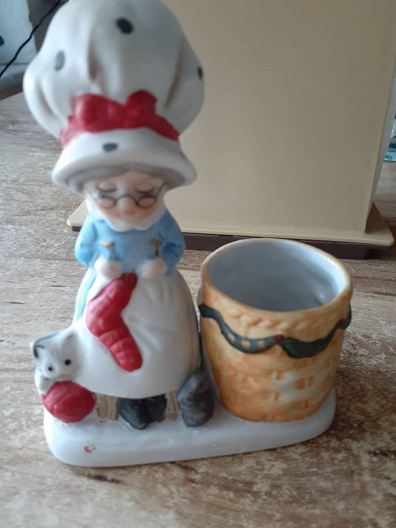 Christmas Luvkins Candle Holder