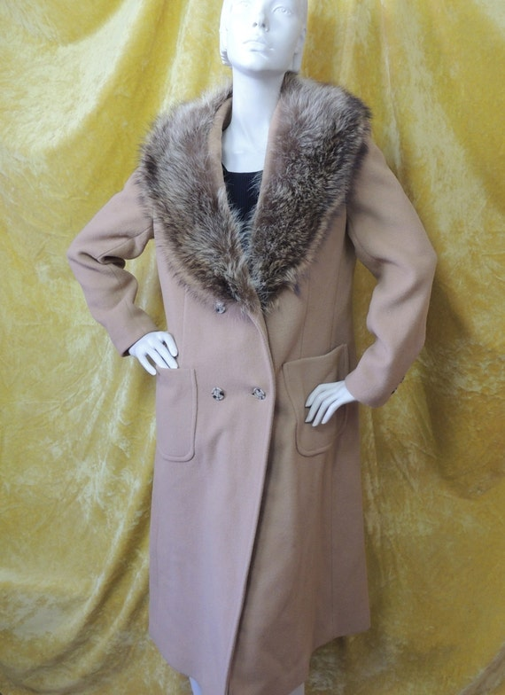 70s Camel Brown Coat with Raccoon Collar/Classic L